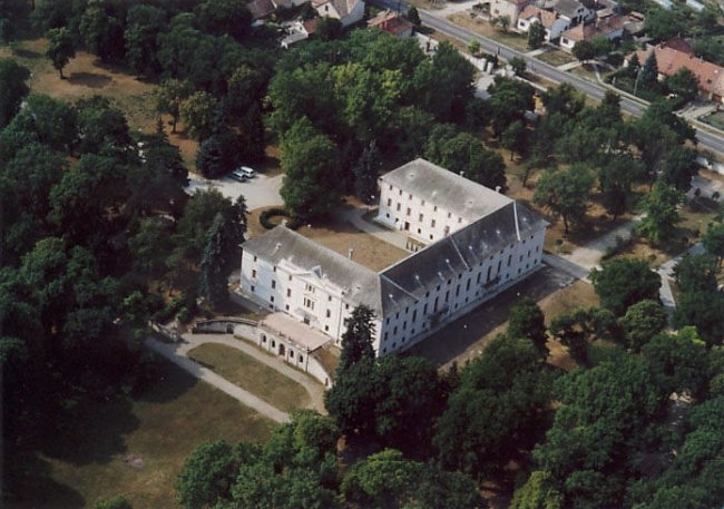 Batthyány-kastély, Bicske