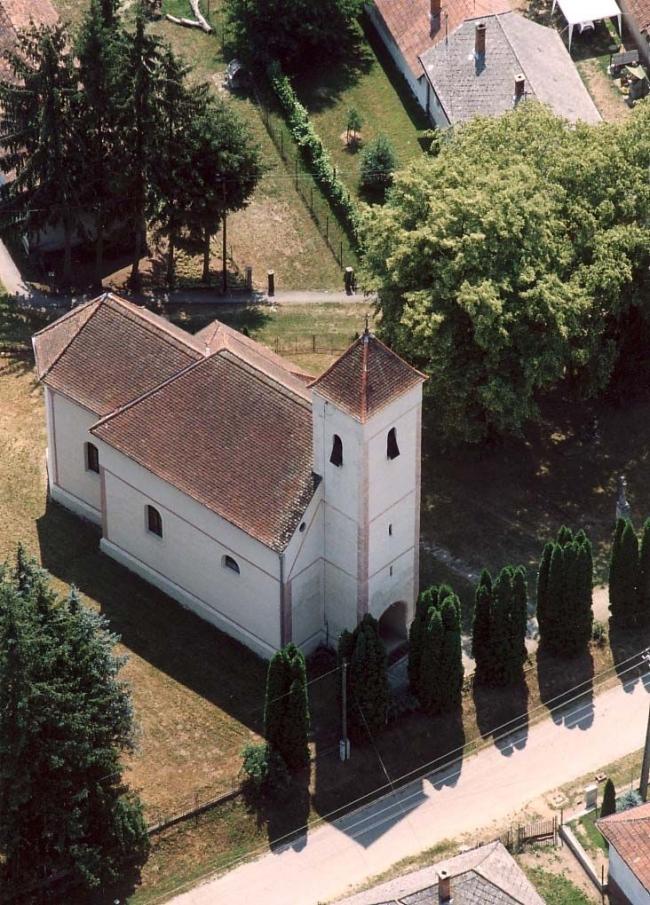 Templom                                                                                                                                               , Csesztreg