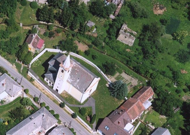 Szentháromság-templom                                                                                                                                 , Bozsok