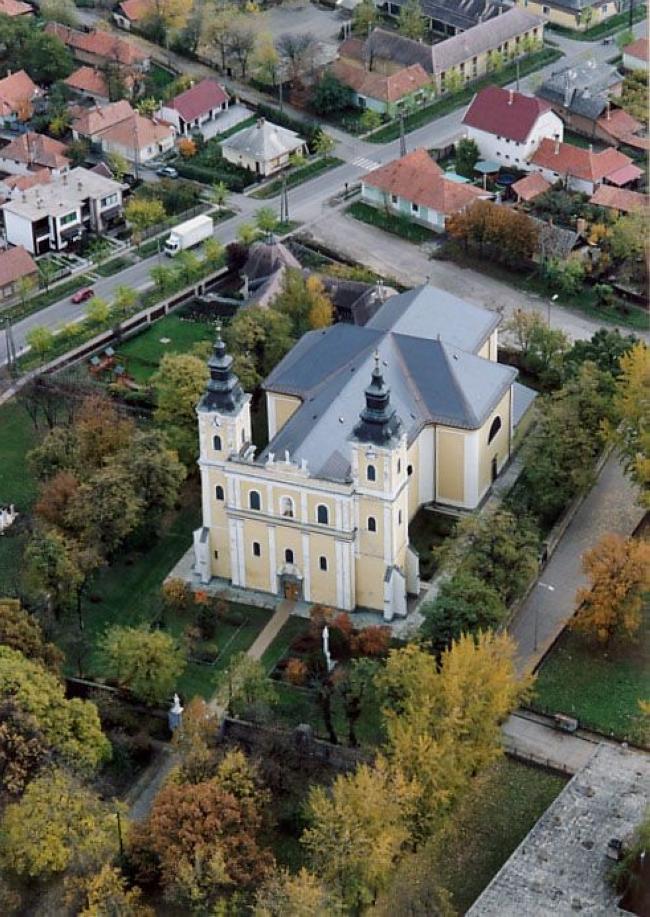 Római katolikus templom                                                                                                                               , Jászapáti