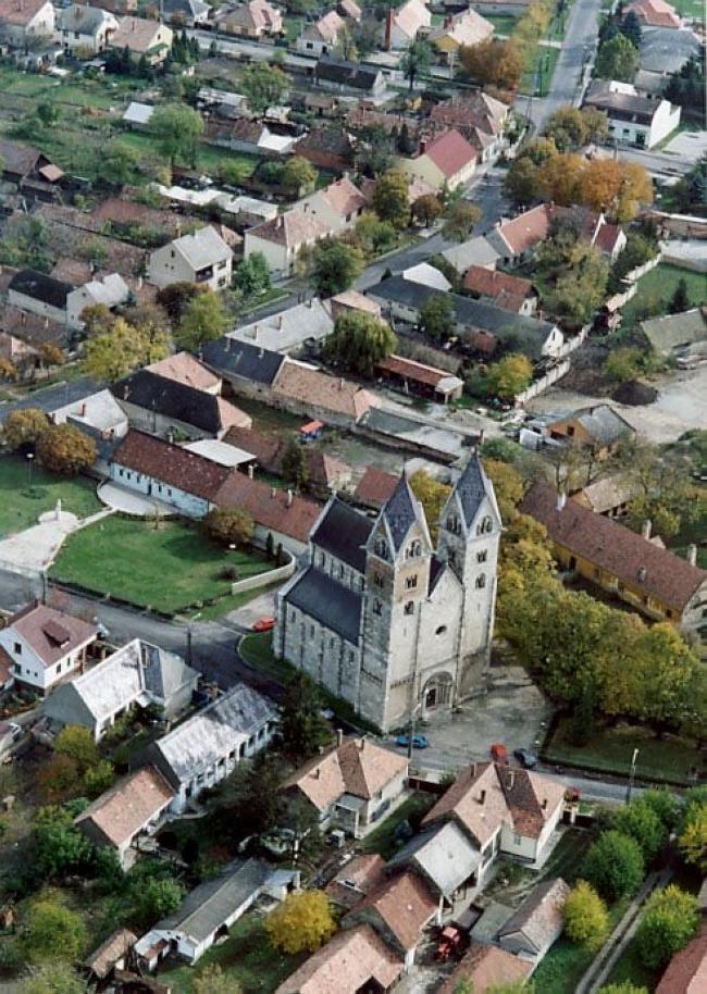 Szent Jakab műemlék templom                                                                                                                           , Lébény