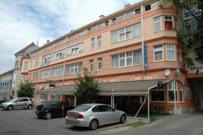 Hotel Central, Pécs