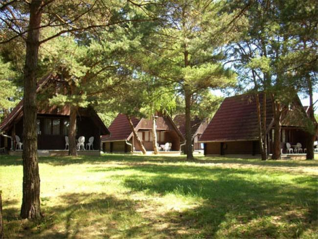 Vadása Camping és Faházak, Hegyhátszentjakab