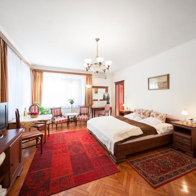 Villa Cecile Apartmanok, Sopron
