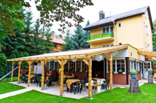 Kóborló vendéglő, vendégház, pizzéria, Gyöngyös (Mátrafüred)