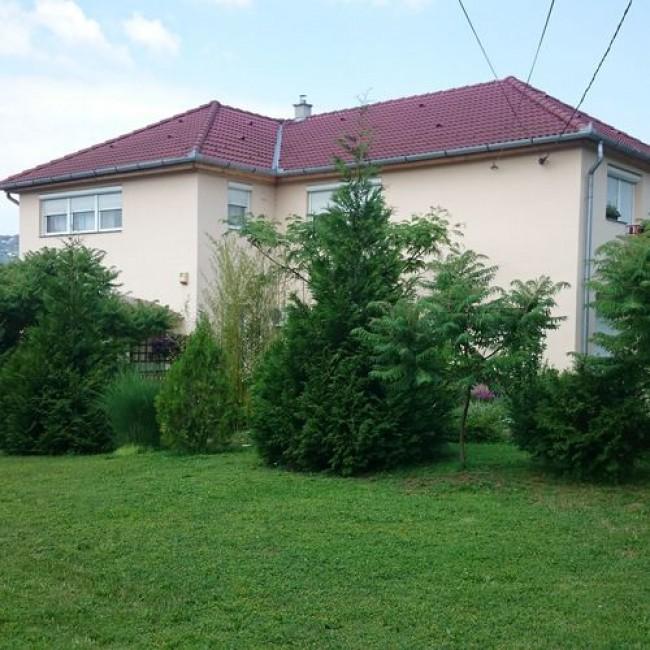 Kényelem Apartman, Pécs