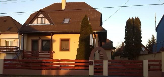 Szenti Panzió, Győr