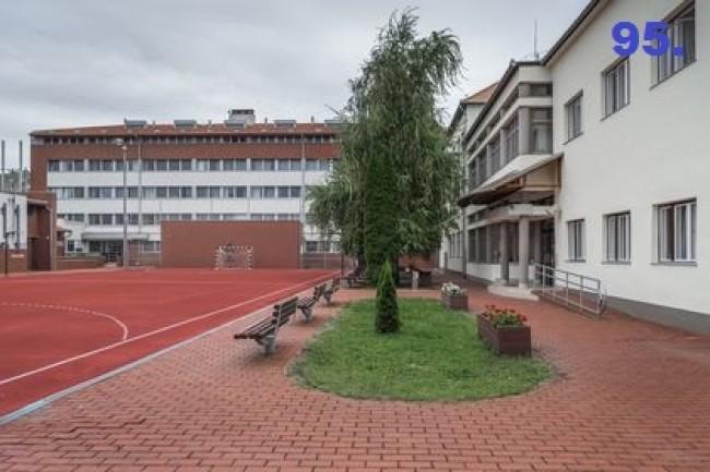 Hódmezővásárhelyi Szakképzési Centrum Návay Lajos Szakgimnáziuma, Szakközépiskolája és Kollégiuma, Makó