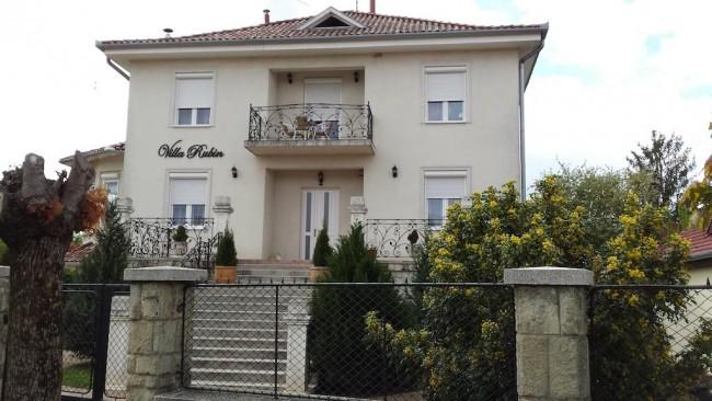 Villa Rubin Panzió, Hajdúszoboszló