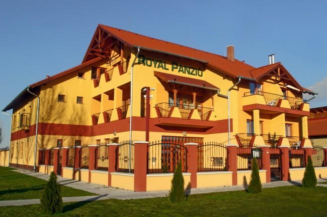 Hotel Royal Panzió Cserkeszőlő, Cserkeszőlő