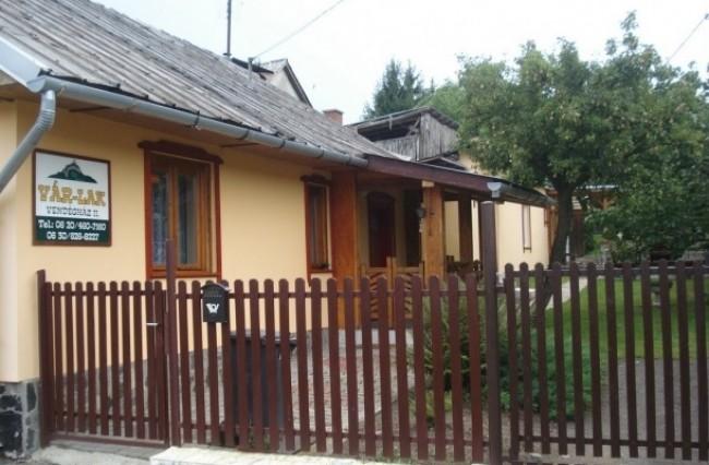 Vár-Lak Vendégház, Salgótarján (Salgóbánya)