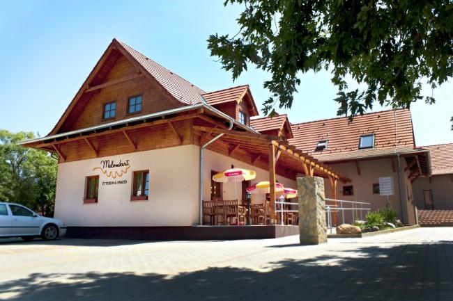 Malomkert Panzió és Étterem, Nagybörzsöny