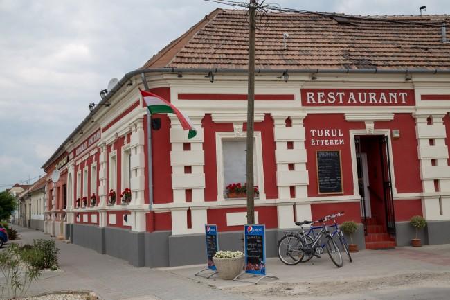 Turul Étterem és Panzió, Enying