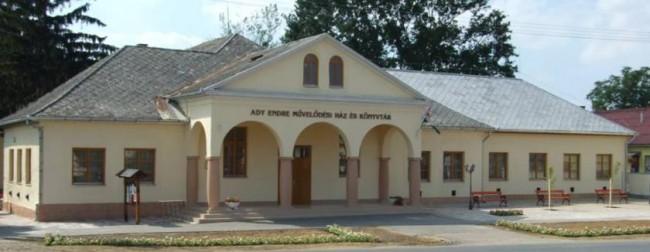 Ady Endre Művelődési Ház és Könyvtár, Dombrád