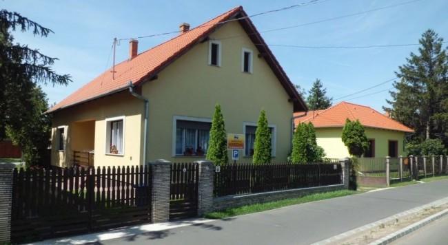 Árpád utcai Vendégház, Püspökladány