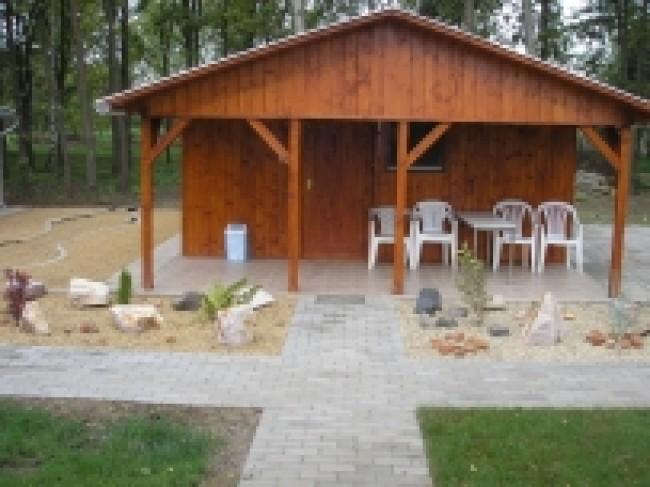 Békás-tavi faházak, Mezőhegyes