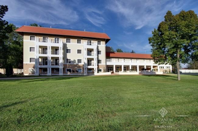 Arcanum Hotel, Békéscsaba
