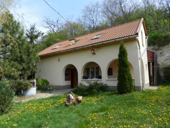 Bükk vendégház és kerékpárkölcsönző Bogács, Cserépfalu