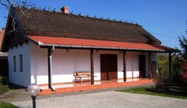 Szarka ház  vendégház, Csongrád