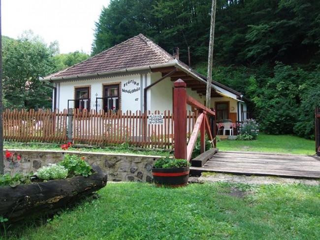 Flórika Vendégház, Háromhuta (Középhuta)