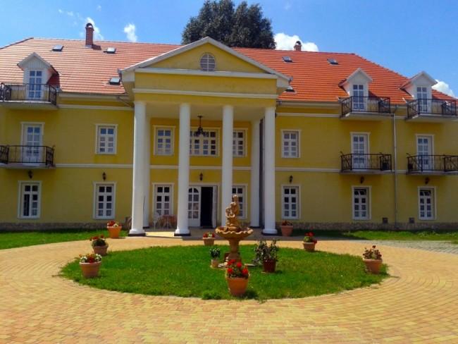 Boglárka Kastélyszálló, Balatonboglár
