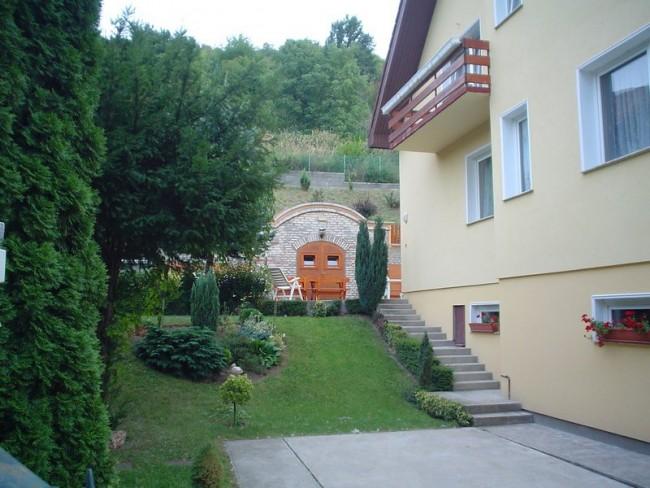 Villa Harmónia, Visegrád