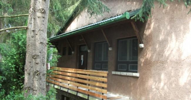Ivánkai szálló, Arló