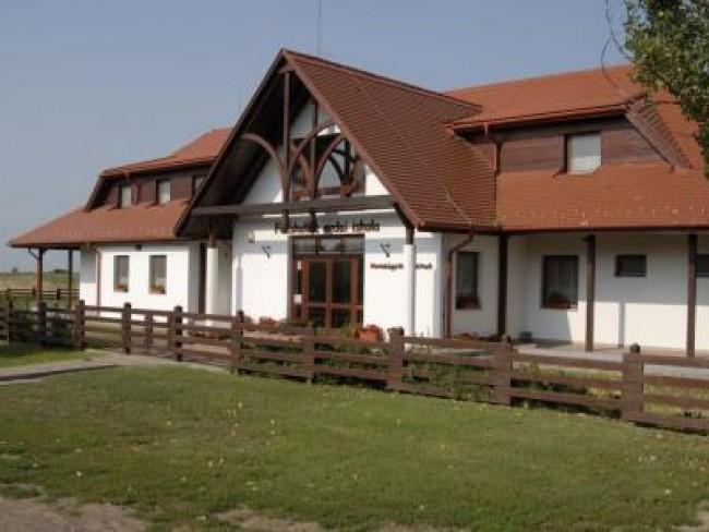 Fecskeház Erdei Iskola és Ifjúsági Szálló, Hortobágy