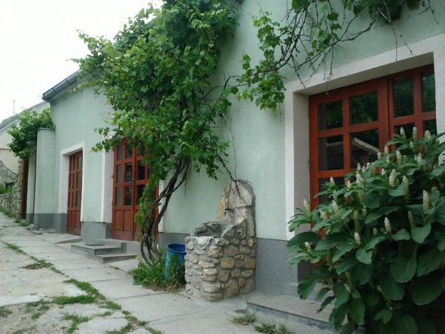 Anna Vendégház és Besenyő ház, Szentgál