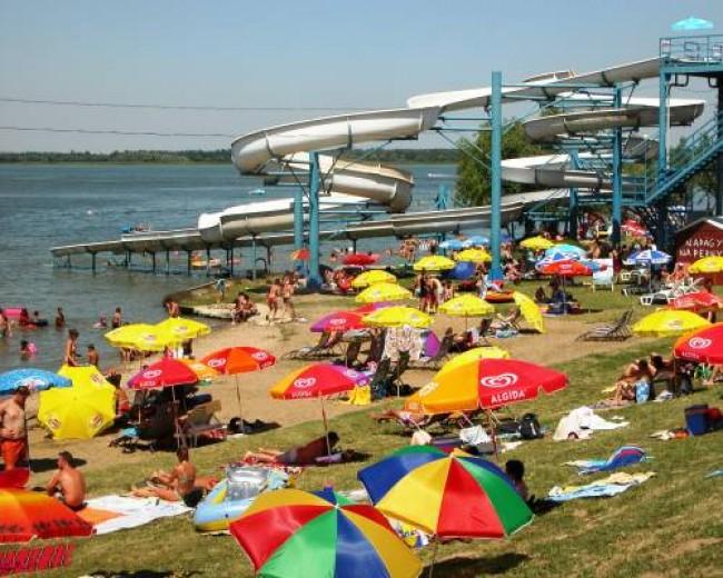 Tisza-tó strand, Abádszalók