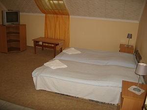 010411_szoba.jpg