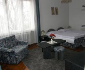 010532_szoba1.jpg