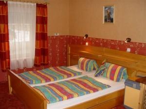 030265_szoba.jpg