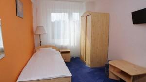 060601_szoba2.jpg