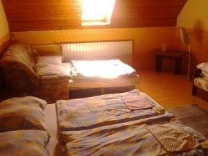 060891_szoba.jpg