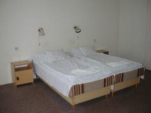 080056_motel1.jpg