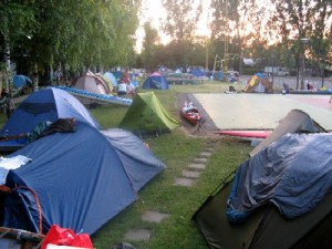 100649_camping.jpg