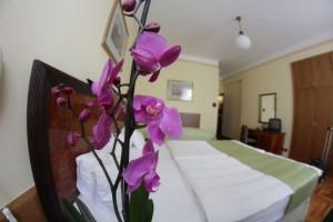 201130_hotelmetro_szoba3.jpg
