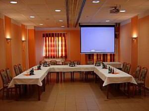210312_hotelberln_konf.jpg