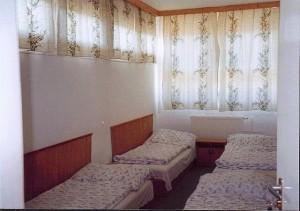 302598_ifiszallo_szoba.jpg