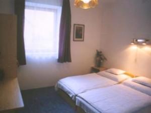 303211_szoba.jpg