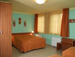 303395_panorama_szoba.jpg