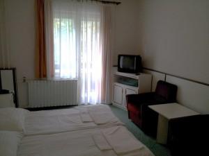 304600_szoba.jpg