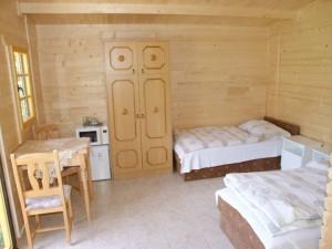 304740_szoba.jpg