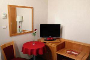 305738_szoba1.jpg