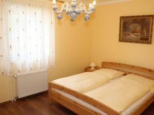 306271_barokkhotel_szoba1.jpg