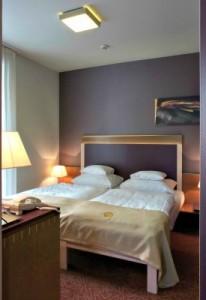 306277_hotel_szoba.jpg