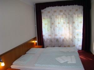307716_hotel.jpg
