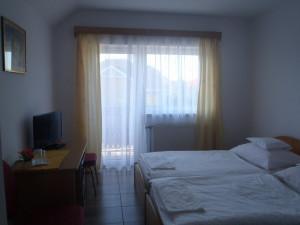 311788_szoba.jpg