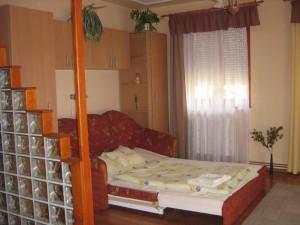 312451_szoba.jpg
